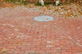 Simple Brick Patio With Circle Paver Kit Patio Designs And Ideas by Ideas How To Build A Raised Paver Patio Brick Patio Ideas