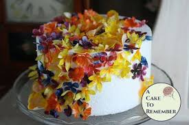 edible wedding cake decorations 50 wafer paper flowers and leaves for cake decorating and cupcake