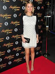 Holly Valance Pictures Holly And Olympia Valance Wow In Stunning Dresses At Neighbours
