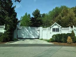 clinton residence hey america clinton s residence enjoys protections you aren t