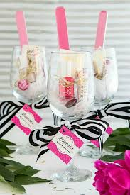 bridal shower gift bags best 25 bridal shower favors ideas on shower favors