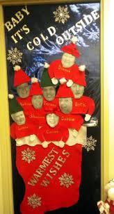 Christmas Door Decorations Ideas For The Office Best 25 Christmas Door Ideas On Pinterest Holiday Door