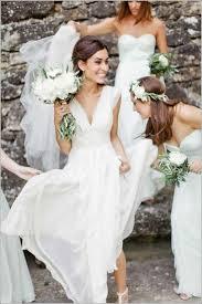 robe mariage civile robe de mariee simple decollete en v robe mariage civil mi courte