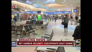 Phoenix Sky Harbor Terminal Map by Security Situation At Phoenix Sky Harbor Shuts Down Gates Abc15
