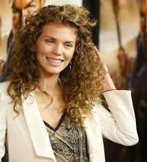 hairstyle beautiful layered curly hair for women hairstyle