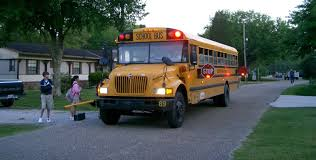 use of amber lights on vehicles amber lights on some buses mean get ready to stop wxpr