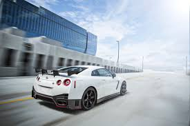 nissan gtr nismo black 2016 nissan gt r priced at 103 365 autoguide com news