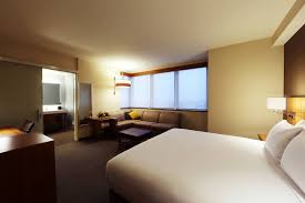 hyatt place flushing laguardia airport