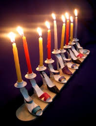 hanukkah menorahs 10 coolest hanukkah menorahs gadgether