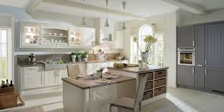 küche landhaus küchen im landhausstil küchenkultur
