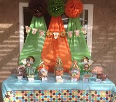 Baby Shower Decoration Ideas Pinterest by Jungle Baby Shower Decorations Baby Showers Ideas