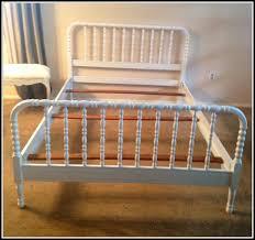 jenny lind full bed jenny lind bed craigslist bedroom home decorating ideas
