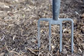 What Kind Of Mulch For Vegetable Garden by 5 Things You Should Know About Wood Chip Mulch Reformation Acres