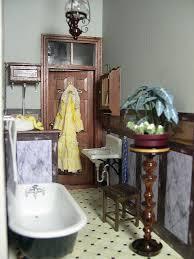 102 best dollhouse bathroom images on pinterest miniature rooms
