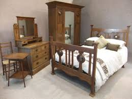 ARTS AND CRAFTS BEDROOM SUITE - Arts and craft bedroom furniture