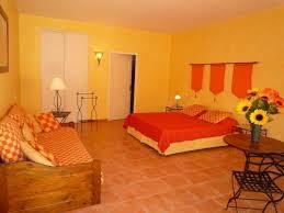 chambre d hotes roussillon vaucluse chambre d hôte bastide des ocres à roussillon vaucluse 84