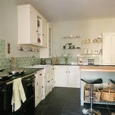 country kitchen tile ideas best 25 brick tiles kitchen ideas on kitchen worktops