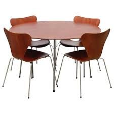 Arne Jacobsen Dining Chairs Popular Vintage Arne Jacobsen Furniture Designs