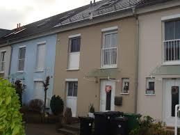Reihenhaus Zum Kaufen Rhein Immobilien Griesinger Gmbh Modernes 1 Familien Reihenhaus In