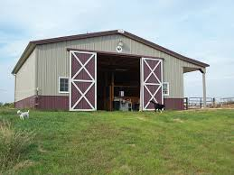 Overhead Barn Doors A Dozen Tips For Building Stalls And Barn Storage Space
