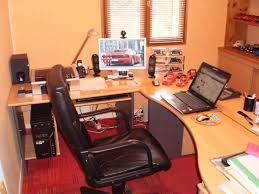 mon bureau et votre bureau il est décoré comment page 2