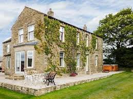 Northern Ireland Cottage Rentals by Holiday House Silsden Cringles House Holiday House Great Britain