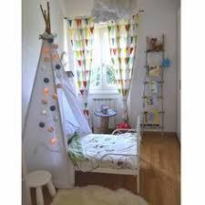 tipi pour chambre des lits cabane maison ou tipi pour la chambre d enfant chambre