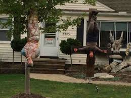 Scary Halloween Decorating Themes by Best 25 Scary Outdoor Halloween Decorations Ideas On Pinterest