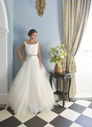 bespoke wedding dresses the basics designer wedding dresses on a budget weddingplanner