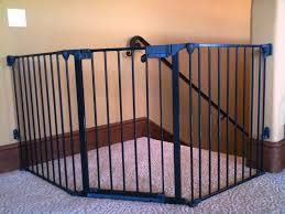 Child Safety Gates For Stairs With Banisters The Best Baby Gate For Top Of Stairs Design That You Must Apply