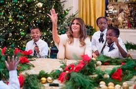 donald trump white house decor melania trump unveils white house christmas decor reigniting lies