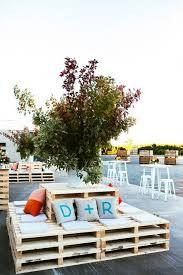 Pallet Wedding Decor 30 Fabulous Wedding Lounge Furniture Ideas For Reception Deer