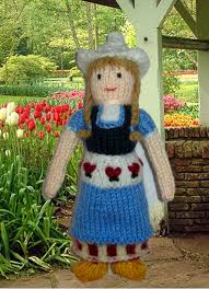 my knitted nations knitted dolls in folk costumes from around