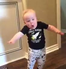 Running Baby Meme - oklahoma boy gives a hilarious reaction to his grandpa s scary roar