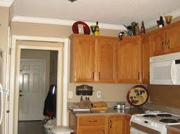 Oak Kitchen Cabinets Wall Color Paint Color Ideas For Kitchen And Living Room Within The Right