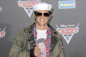 Seeking Johnny Knoxville Johnny Knoxville S Eyeball Popped Out After Onset Injury