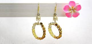 creative earrings how to make creative dangle hoop earrings with ombre