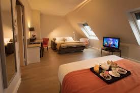 chambre familiale disneyland hotel chambre familiale 4 personnes hôtel 4 étoiles à antony les