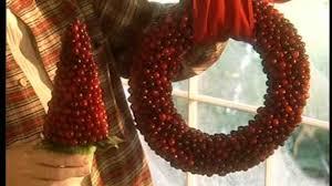video how to make a cranberry wreath martha stewart