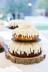 nothing bundt cakes wedding cake in boulder colorado wedding