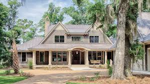 country home plans traditional low country design hwbdo77021 low country from