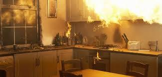 feu de cuisine incendies domestiques attentionaufeu olive banane et pastèque