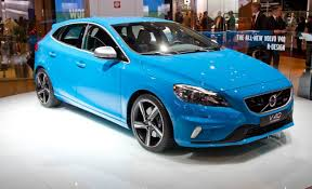 volvo v40 cross country r design volvo r designs the v40 hatchback for europe car and driver