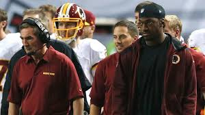 Why Did Rg3 Get Benched Santana Moss Says Robert Griffin Iii Gloated When Redskins Fired
