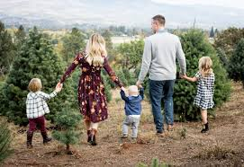family pics u cut christmas tree farm