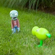 plants vs zombies lawn ornaments things