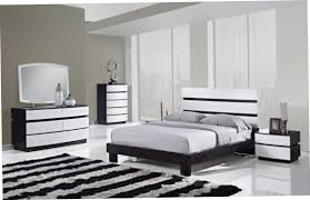 White High Gloss Bedroom Furniture by Cream And Oak Bedroom Furniture U003e Pierpointsprings Com
