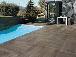 piastrelle x esterni mattonelle per esterno pavimenti per esterni