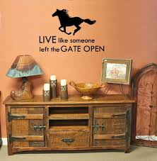 Horse Themed Home Decor Best 25 Horse Wall Decals Ideas On Pinterest Horse Themed