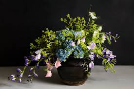 flower pro arrange flowers like a pro starting with an unlikely inspiration wsj